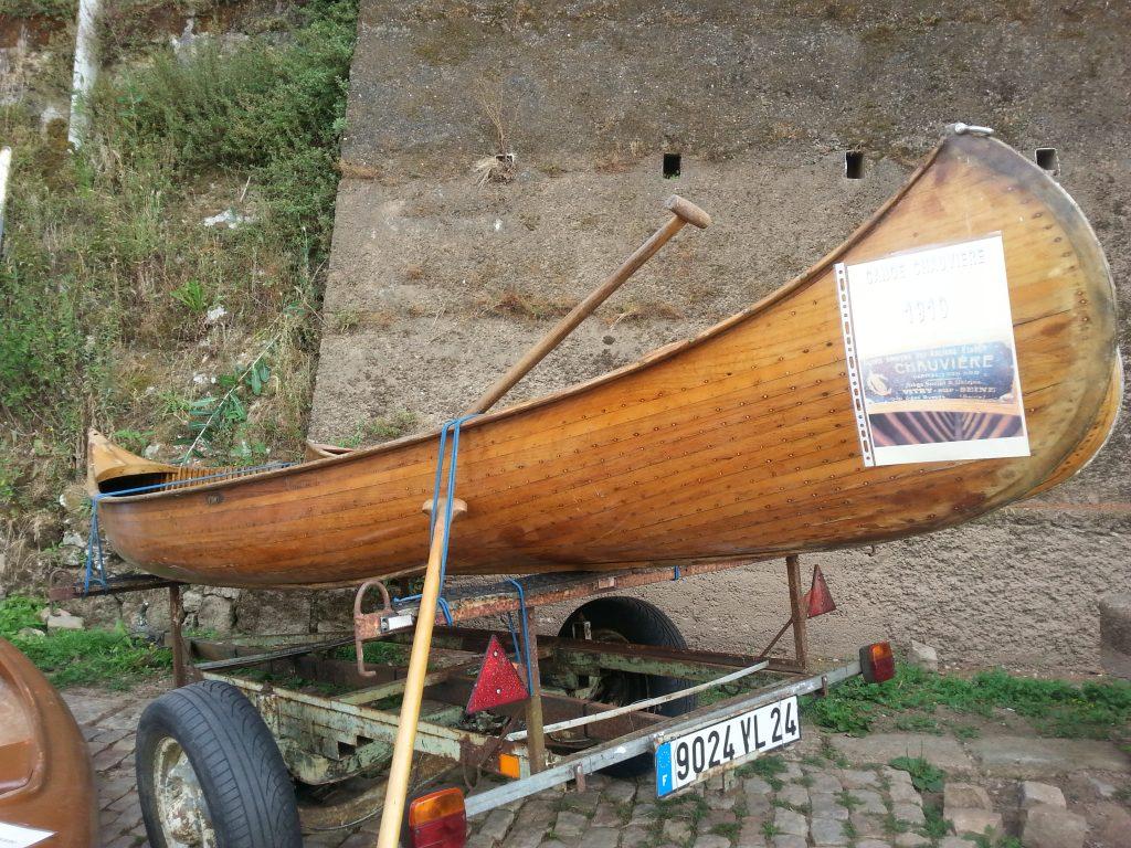 Sainte-Foy-La-Grande canoes