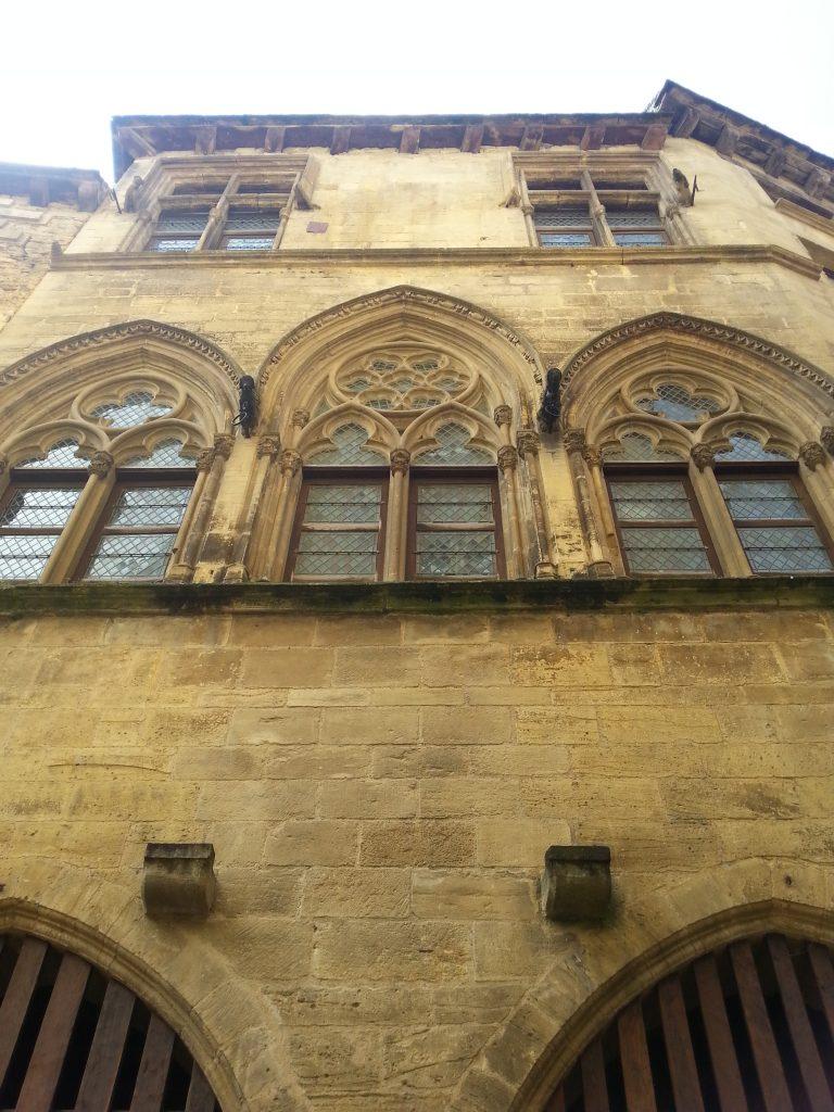 Sarlat facade